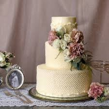wedding cake icing wedding cake icing types popsugar food
