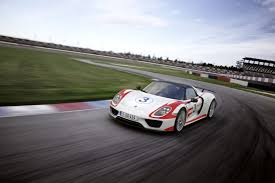 2015 porsche 918 spyder weissach package pictures news research