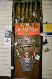 behavioral and social science students decorate doors for