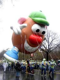 macy s thanksgiving day parade new york city jazz hostels