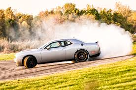 charger hellcat burnout a 20 second burnout in a 2015 dodge challenger srt hellcat