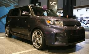scion cube custom scion xb reviews scion xb price photos and specs car and driver