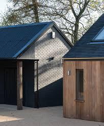 Black Barns Best 25 Black Barn Ideas On Pinterest Black House Modern Barn