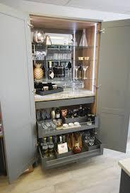 standard kitchen cabinet sizes magnet magnet vs tom howley vs independent kitchen retailer
