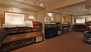 funeral casket caskets1 600w jpg