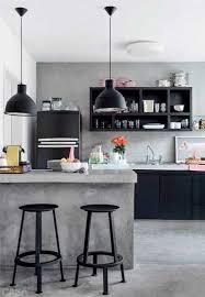 béton ciré sur carrelage cuisine bton cir sur carrelage sol et mur dans la cuisine béton ciré sur