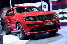jeep grand cherokee red interior 2015 jeep grand cherokee srt red vapor limited edition revealed