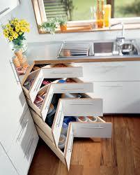 stauraum küche so bringen sie ordnung in ihre küche 10 stauraum ideen bild der
