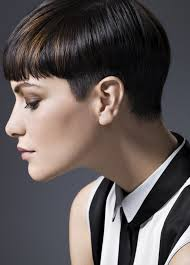 haircut with weight line photo best short haircuts for round faces