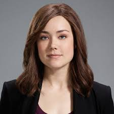 lizzy from black list hair megan boone as elizabeth keen theblacklist the cast