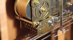 Howard Miller Clock Value Howard Miller Mechanical Clock Repair Youtube