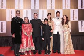 amitabh bachchan with wife jaya son abhishek and daughter in law