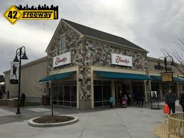 new friendly u0027s at gloucester premium outlets 42 freeway