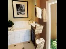 bathroom towel decor ideas inexpensive bathroom decorating ideas