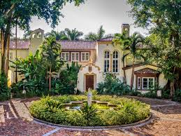Mansions by Miami U0027s La Brisa Mansion Is Now 55 Million Business Insider