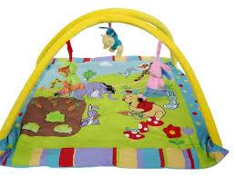 tapis de chambre winnie l ourson tapis winnie pas cher sur lareduc com
