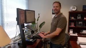 Standing Vs Sitting Desk The Health Benefits Of Standing Versus Sitting Lifehacker Australia