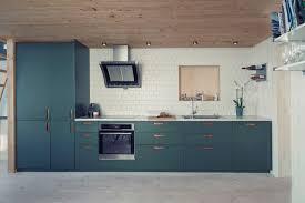 Cuisine Lambris - decoration cuisine bleu vert pétrole carrlage blanc lambris bois