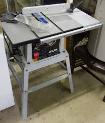 delta 10 inch contractor table saw here s what no one tells you about delta table saws delta table