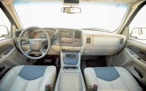 2002 Silverado Interior 2002 Chevrolet Avalanche Review Comparison Price U0026 Road Test
