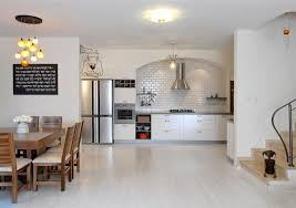 Flooring For Kitchen by 20 Gorgeous Examples Of Wood Laminate Flooring For Your Kitchen