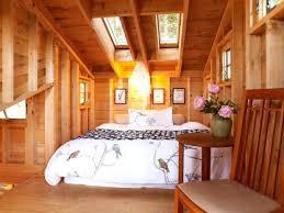 cabin themed bedroom cabin bedroom ideas log cabin wall decor log cabin style bedroom