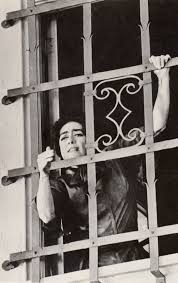 joan crawford as blanche wheelchair bound locked in her room by