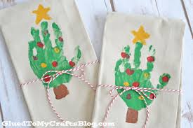 handprint christmas tree napkins glued to my crafts