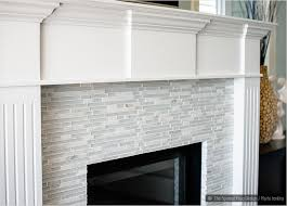 White Glass Backsplash by Best 20 Glass Tile Fireplace Ideas On Pinterest Beach Bathrooms