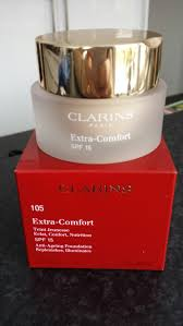 Clarins Foundation Extra Comfort Clarins Extra Comfort Anti Age Foundation Andrea