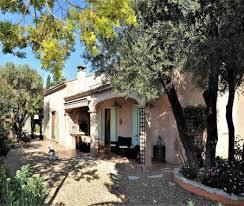 chambre d hotes var avec piscine les oliviers la cadière chambre d hôtes villa à la cadière d azur