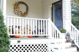 3 reasons why you need to decorate your porch this fall