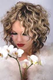 Bob Frisuren Locken Kurz by Curly Haired Are Beautiful With Curly