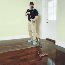applying polyurethane to floors with roller meze