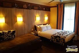 chambre hotel cheyenne hotel cheyenne rooms disneyland treasures