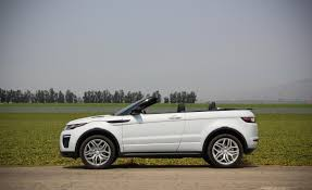 range land rover 2017 land rover range rover evoque convertible attempts to carve a