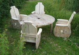 Diy Wooden Garden Table by Diy Wooden Garden Furniture Cycling Diy Outdoor Furniture Ideas