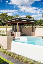 amenagement exterieur piscine gazébo et abri soleil des idées pour jardin avec piscine ideeco