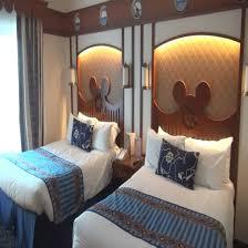 chambre standard hotel york disney disney s newport bay hotel compass disneyland 2016