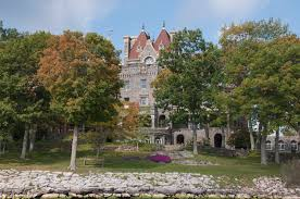time for some r r homeless and loving it boldt castle