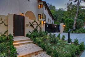 courtyard homes architecture mediterranean home plans with courtyards
