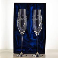 engraved champagne glasses and flutes u2013 personalised champagne