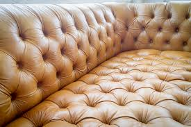 Sofa Rental The Kinglet Chesterfield Sofa Pieces By Violet Vintage Rentals