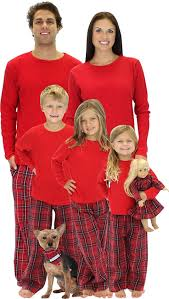 the 25 best matching family pajamas ideas on matching