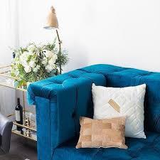 blue velvet tufted sofa design ideas