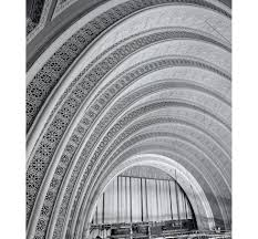 garrick theater chicago was designed by louis sullivan and