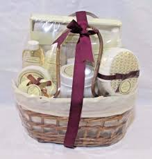 Bathroom Gift Basket 11 Piece Natural Aromatic Vanilla Coconut Scented Bath Spa Gift
