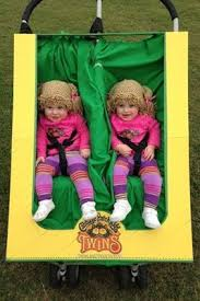 4 Month Halloween Costume 25 Twin Halloween Ideas Twins Halloween