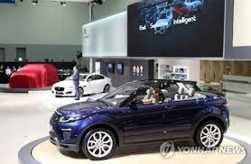 land rover car 2016 nearly 4 500 jaguar land rover cars to be recalled in s korea