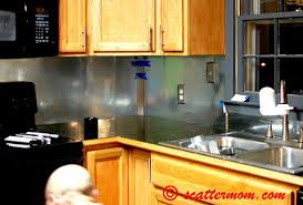 Functional DIY Stainless Steel Kitchen Backsplashes Shelterness - Stainless steel kitchen backsplash